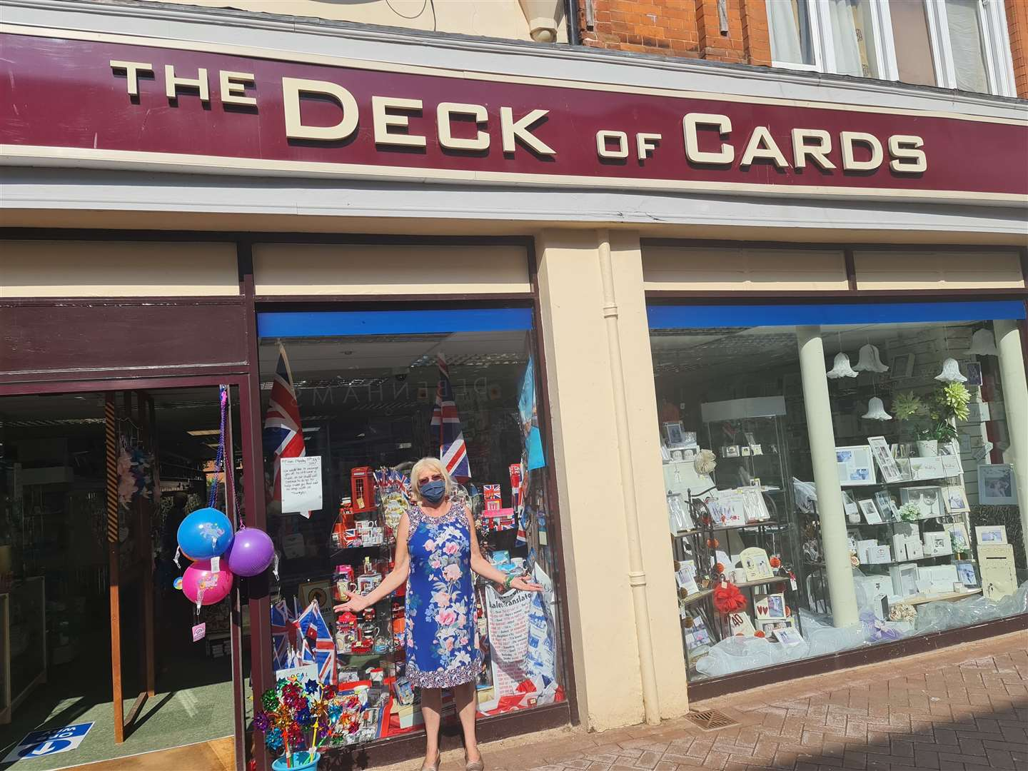 Deck of Cards Lynn welcomes customers (49348316)