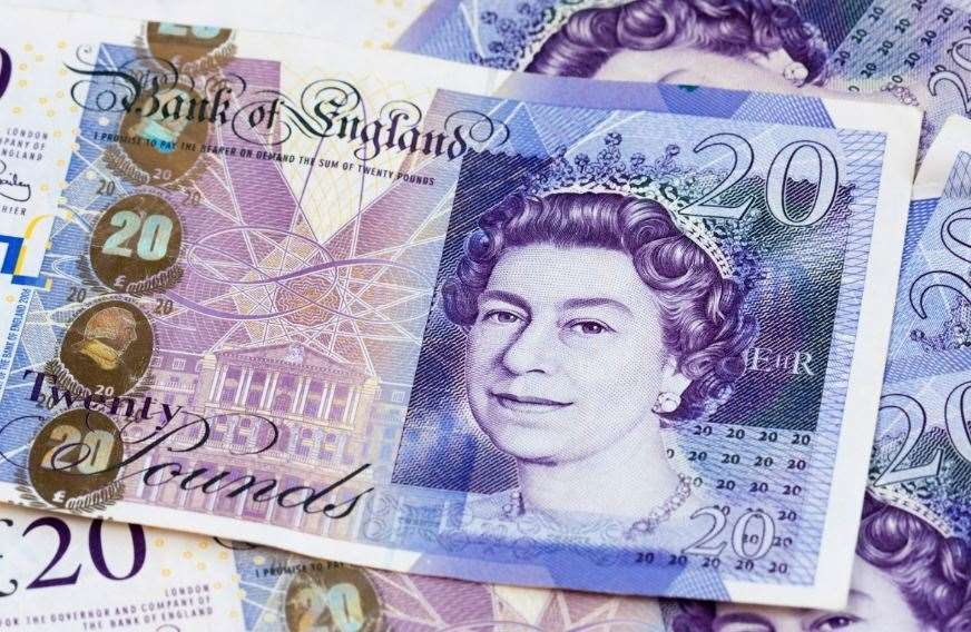 £20 and £50 paper notes must be used or deposited before next September