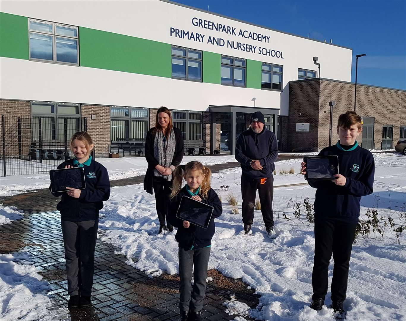 MLNF Greenpark Academy pupils with the i-pads, also Mr Michael Heaphy and head teacher Mrs JIll Graver (44362365)