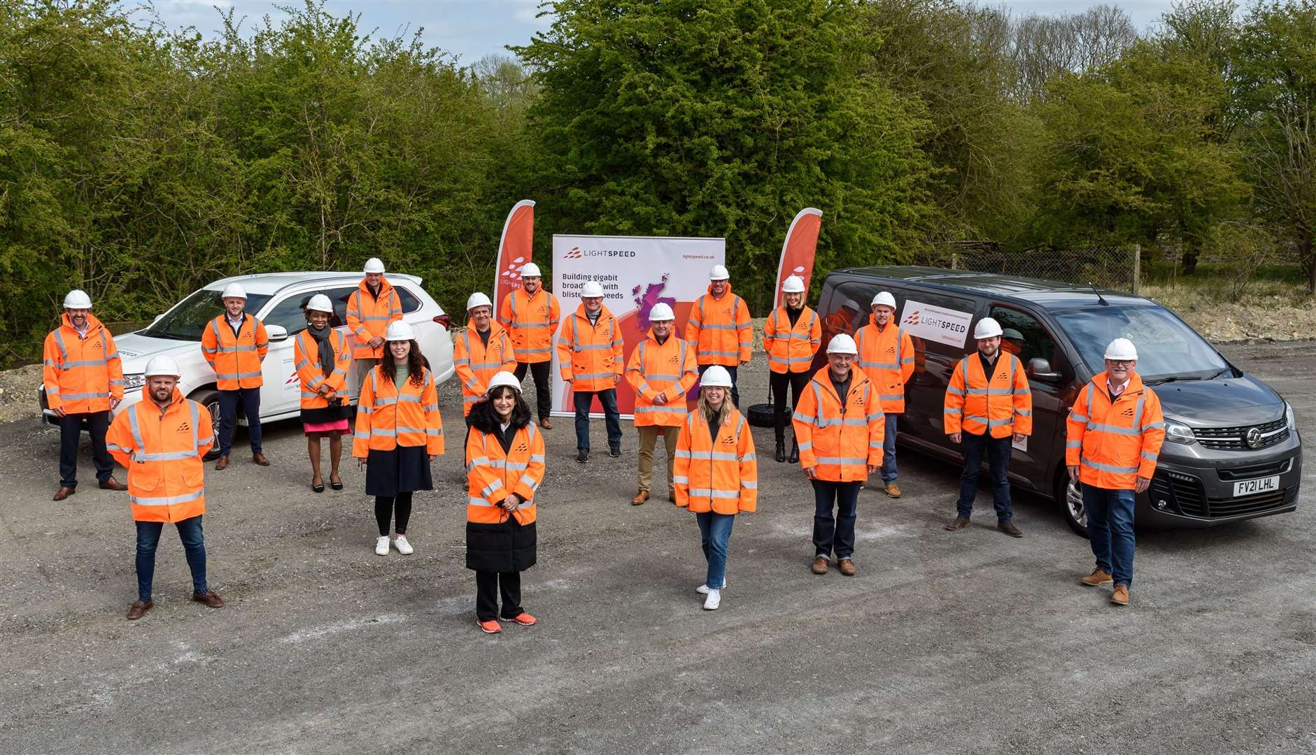 The Lightspeed Broadband team celebrates its launch in our area (46497169)