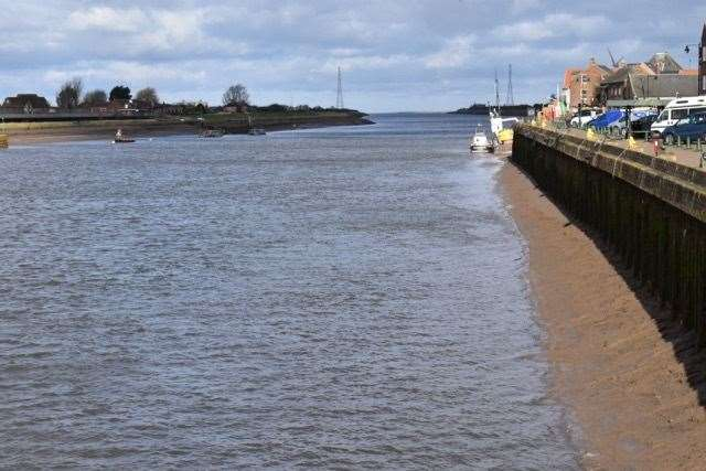 Lynn's quayside on the River Great Ouse (48035354)