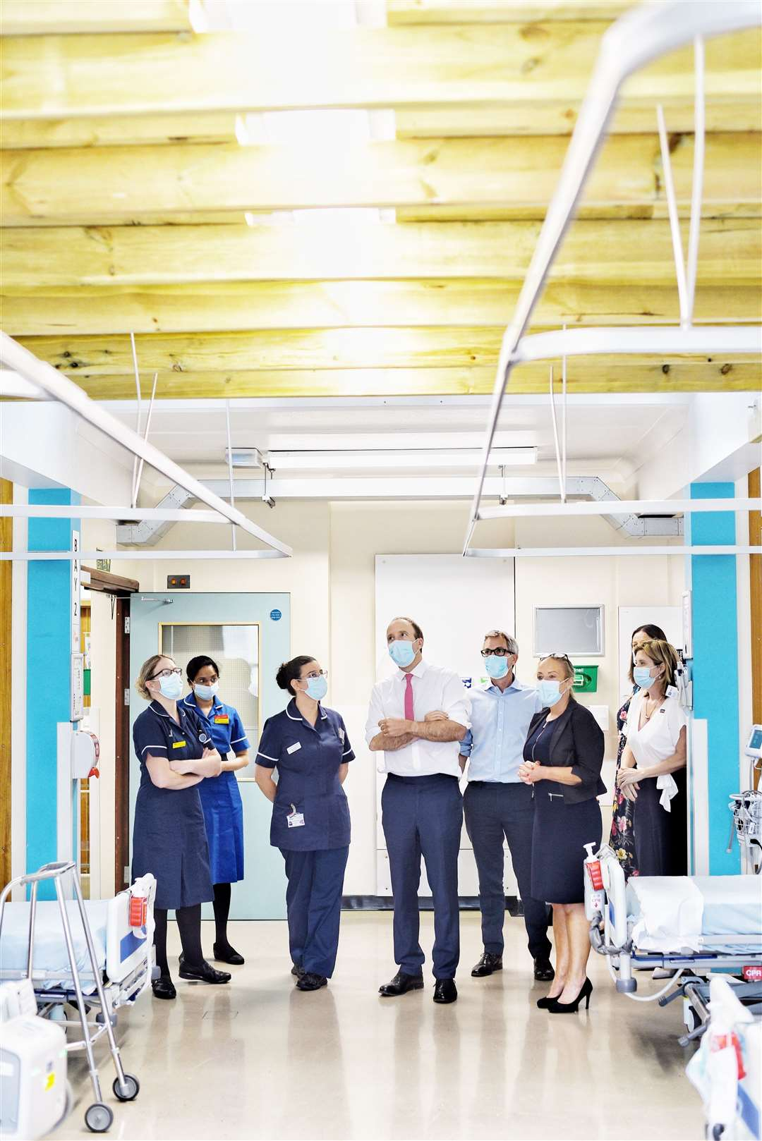 Health Secretary Matt Hancock, centre, sees the state of the roof in the Necton ward (48361557)
