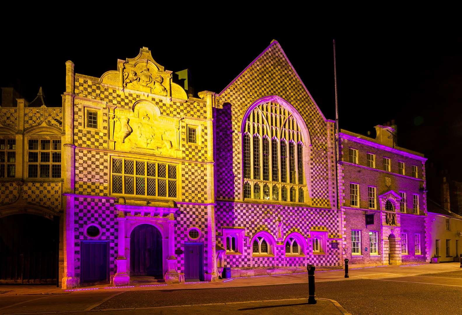 The Town Hall in King's Lynn was illuminated purple on Thursday night, for World Pancreatic Cancer Day.. (43207297)