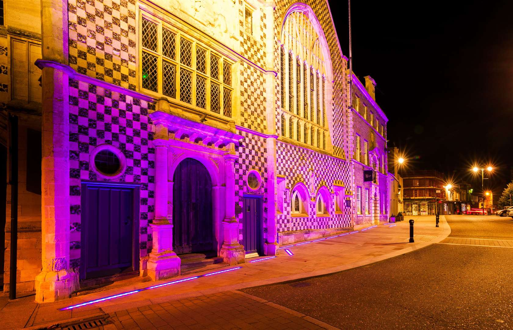 The Town Hall in King's Lynn was illuminated purple on Thursday night, for World Pancreatic Cancer Day.. (43207298)