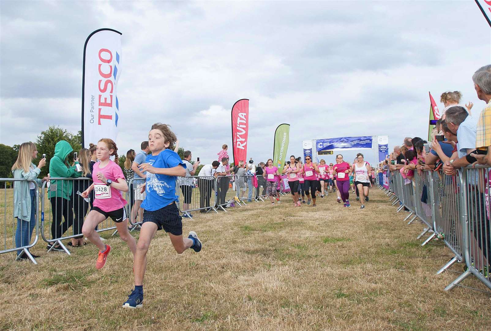 Action from the Race for Life in 2018