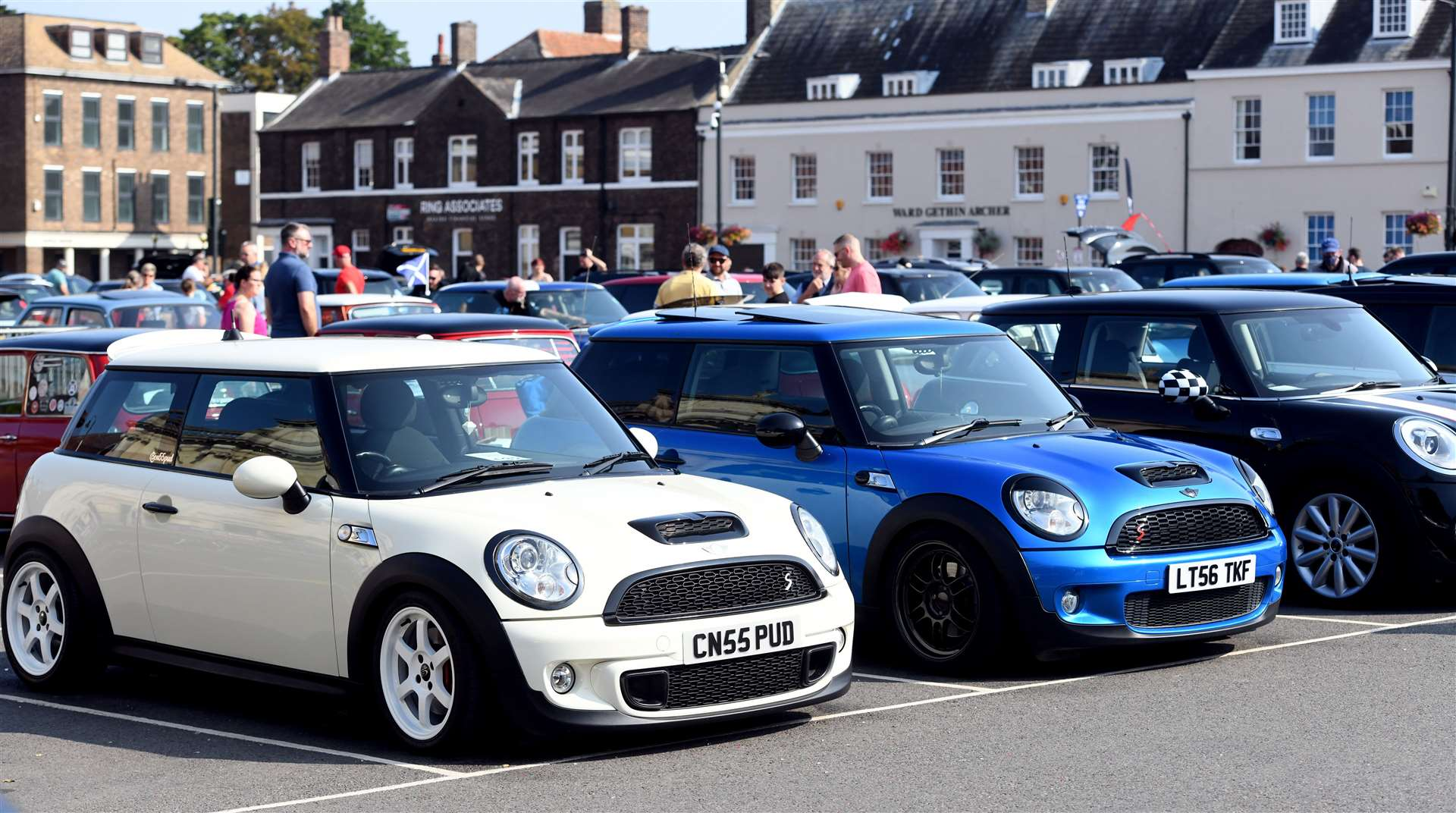 Mini Meet on the Tuesday Market Place. (50928470)