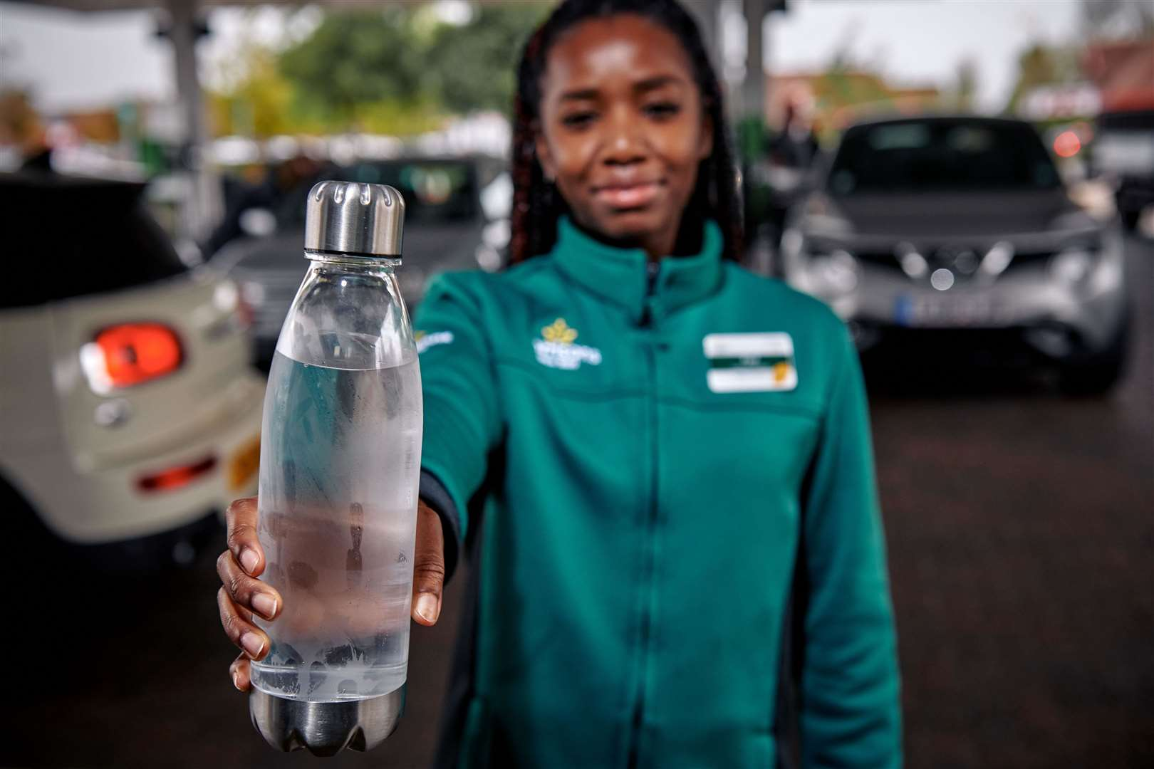 Morrisons is offering free water refills at all of its petrol stations to encourage motorists to make the switch from single-use plastic to refillable bottles.