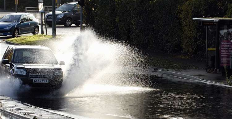 A yellow warning for rain has been issued by the Met Office for this weekend.