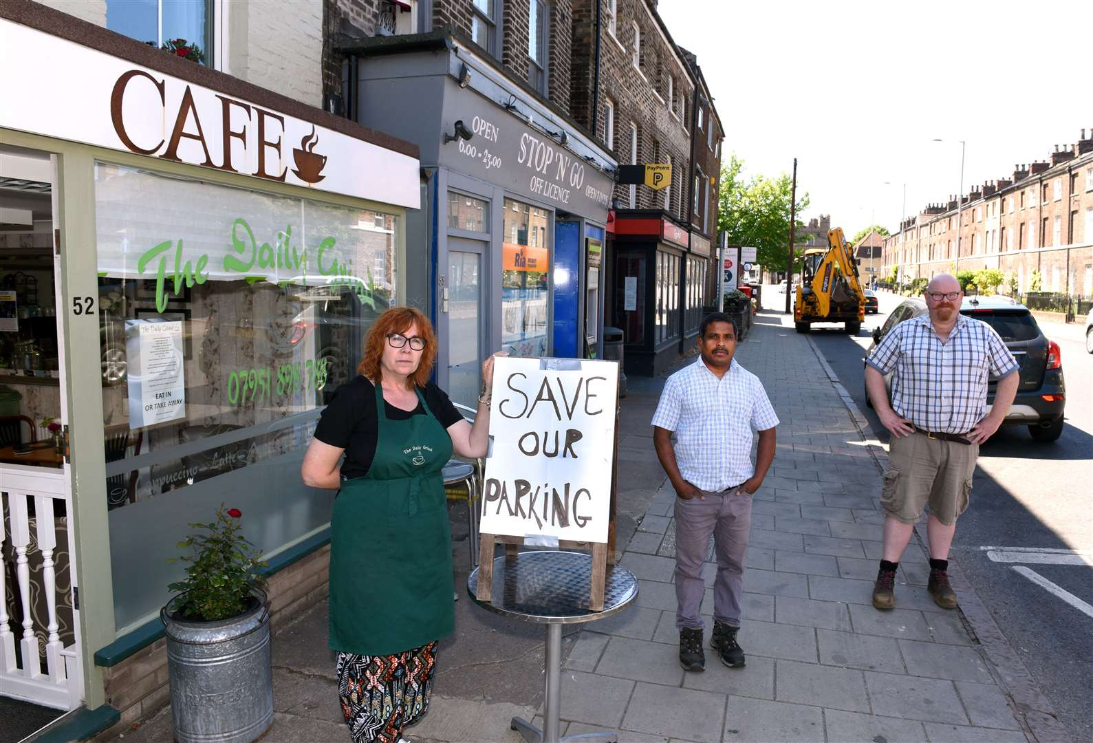 London Road Shops parking issues..Shop owners (LtoR), Mandy Bahar (The Daily Grind), Siva Nadarajan (Stop N Go), Robin Talbot (Tranquility).. (48034315)