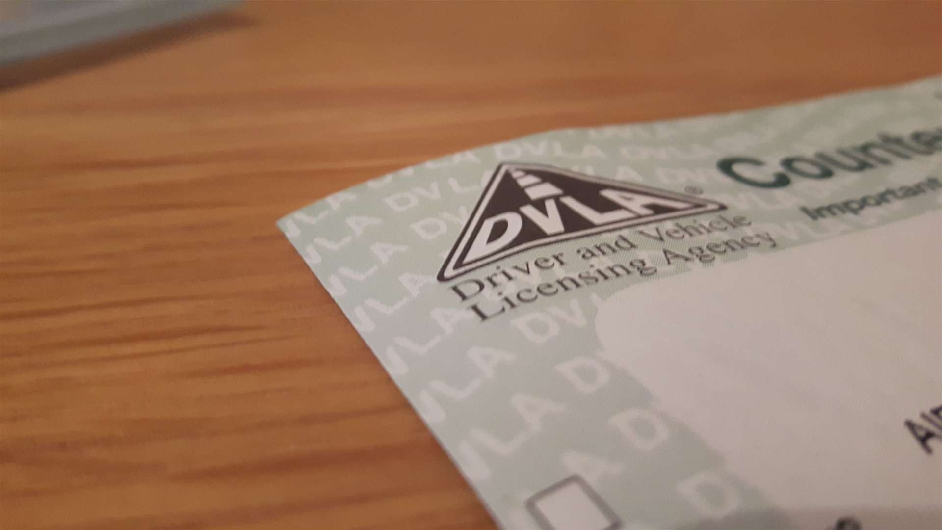 Are you driving with a paper or photocard licence?