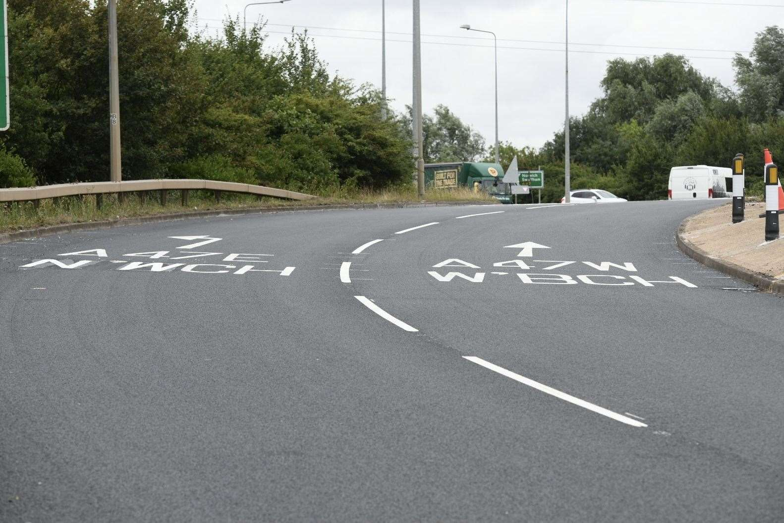 Things looked back to normal for drivers negotiating the Hardwick roundabout this morning (50339237)