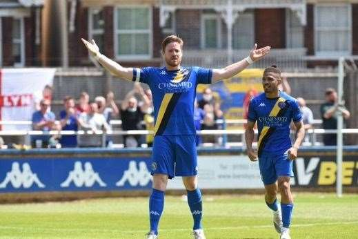 Michael Gash soaks up the applause after scoring in his final game for the club during a 4-4 draw with Aldershot Town at The Walks. Picture: Tim Smith. (47702176)